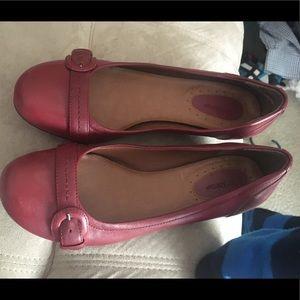 Shoes / flats / dress shoes